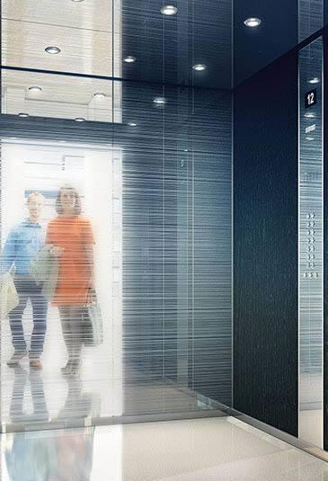 elevator-mono700-carousel-2