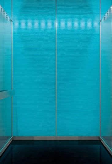 elevator-mono700-carousel-4