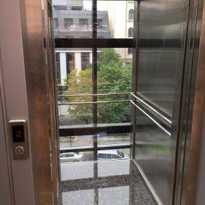 Отель «Марлин» 2 лифта 630 кг. 4 остонвки